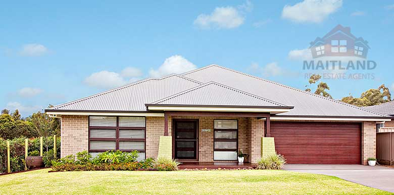 18 Majestic Rd, LARGS