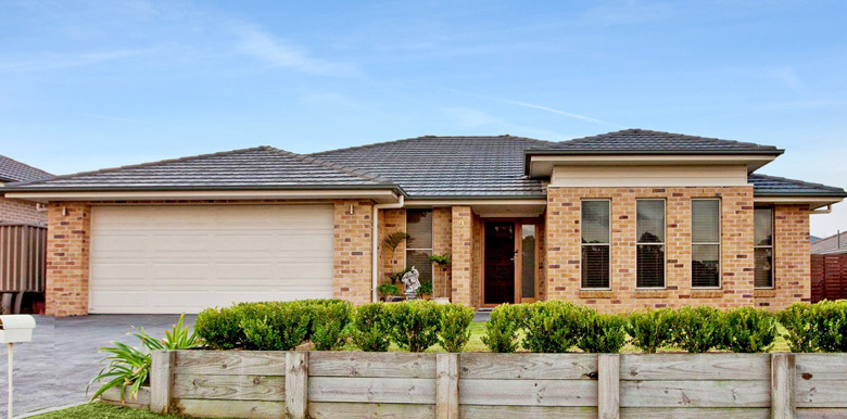 9 Majestic Road, Largs
